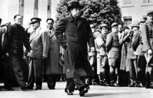 美国国务卿杜勒斯拒绝与周恩来握手的历史真相